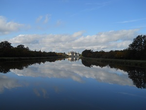 Château of Chambord in autumn , the dream of King Francis 1st and his friend Leonardo da Vinci came true